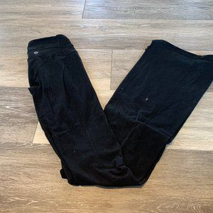 LULULEMON BLACK FLARED LEGGINGS SZ 2